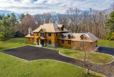 152 Horseshoe Rd Mill Neck NY 11765
