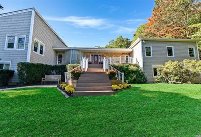 118 Old Country Rd Melville NY 11747