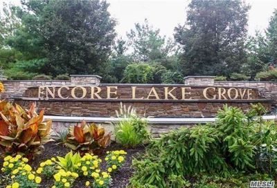 1 Sonata Ct Lake Grove NY 11755