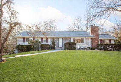 407 S Country Rd Brookhaven NY 11719