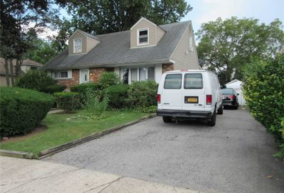 584 Northern Pkwy Uniondale NY 11553