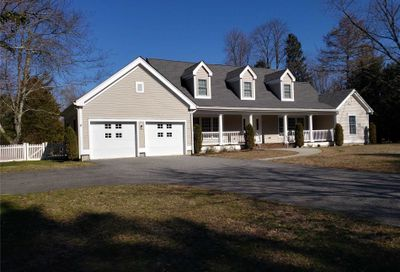 23 Summerset Dr Smithtown NY 11787