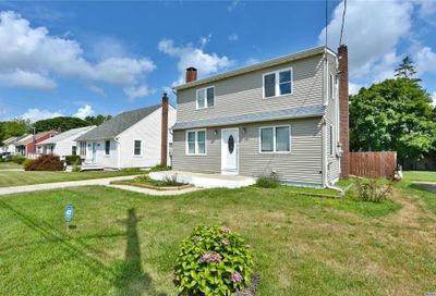 43 Harris St E. Patchogue NY 11772