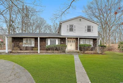 153 Miller Place Rd Miller Place NY 11764