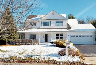 5 Paige Ln Moriches NY 11955