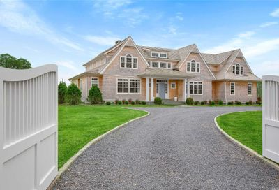22 Bay Rd Quogue NY 11959