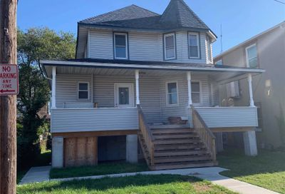 12 Meyer Ave Lawrence NY 11559