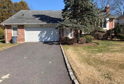 280 Birch Dr Searingtown NY 11507