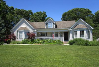 40 James Hawkins Rd Moriches NY 11955