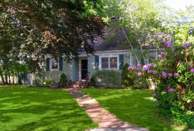 149 Pine Street East Moriches NY 11940