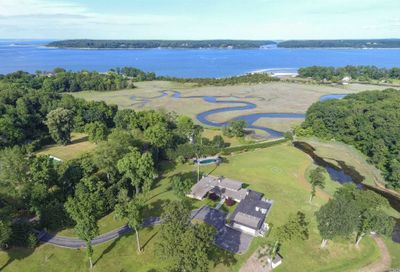 111 Private Road Centre Island NY 11771