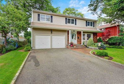 97 Fairview Road Massapequa NY 11758