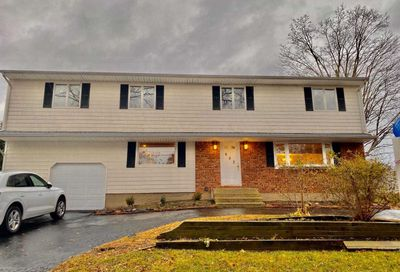 653 Plainview Road Bethpage NY 11714