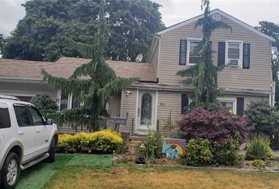 59 Perry Street Brentwood NY 11717