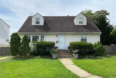 2 Willow Place Albertson NY 11507