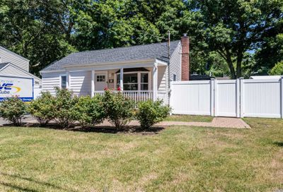 47 Reynolds Street Huntington Sta NY 11746