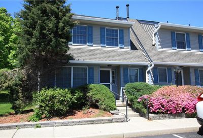 16 Wintergreen Court Montgomery Town NY 12549