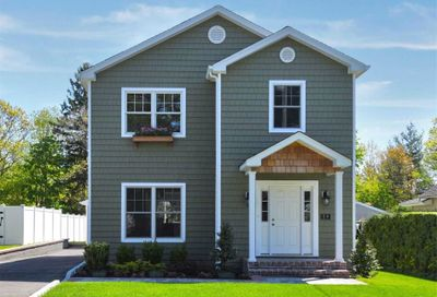 59 Floyd Place East Norwich NY 11732