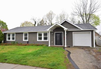 388 Sussex Road East Meadow NY 11554