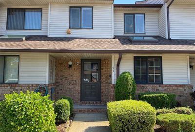 53 Cottonwood Court Wantagh NY 11793