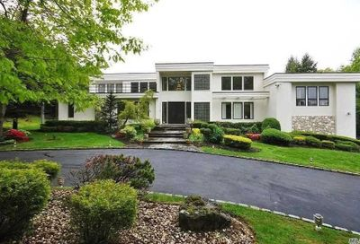 15 Centre View Drive Oyster Bay NY 11771