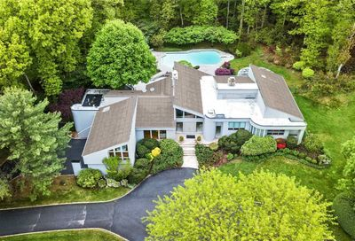 10 West View Drive Upper Brookville NY 11771
