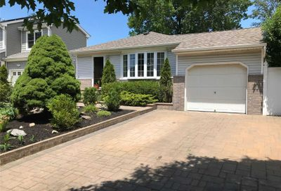 3005 Lowell Avenue Wantagh NY 11793