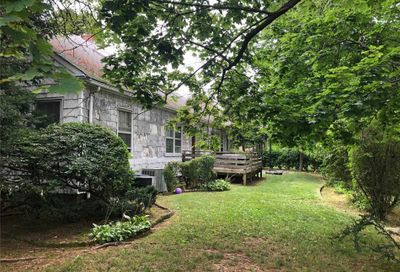 65 Sutton Pl Lawrence NY 11559