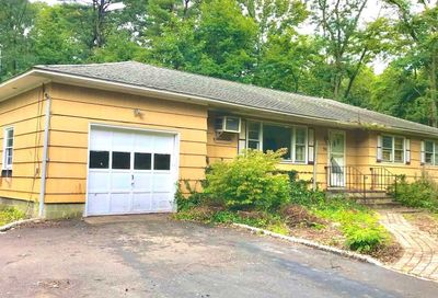 90 Mill Road Yaphank NY 11980