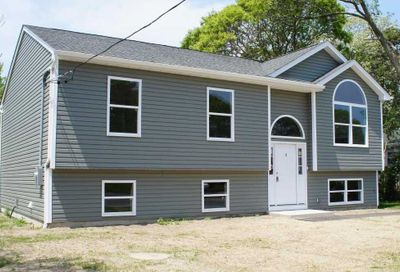 576 Louise Ave Bellport NY 11713
