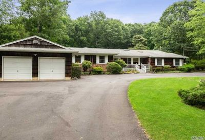 152 Waterside Rd Northport NY 11768