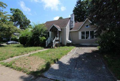 377 Forest Avenue Massapequa NY 11758