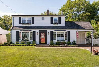 260 Curtis Avenue Carle Place NY 11514