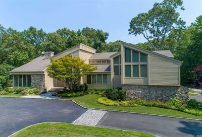 145 Tall Oak Crescent Oyster Bay Cove NY 11791