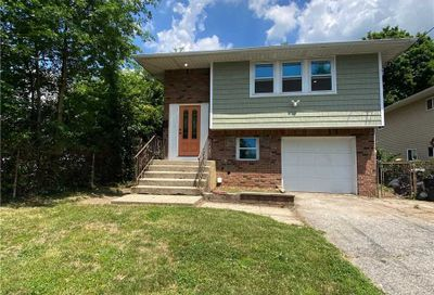 849 Front Street Uniondale NY 11553