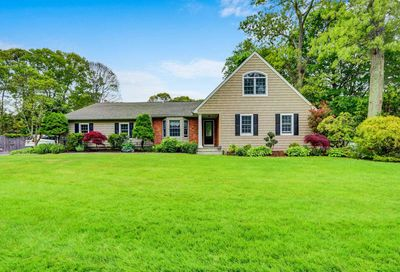 18 Oconnell Court Great River NY 11739