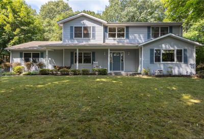 691 S Mountain Road Clarkstown NY 10956