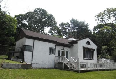 73 Half Mile Rd Middle Island NY 11953