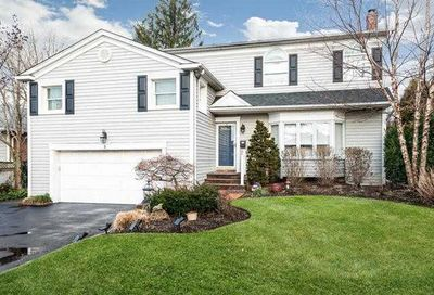 3 Southview Court Carle Place NY 11514