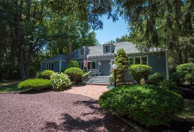 20 Oak Lane Fort Salonga NY 11768