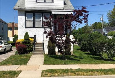 98 Arlington Ave Valley Stream NY 11580