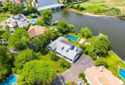 1022 Channel Dr Hewlett Harbor NY 11557