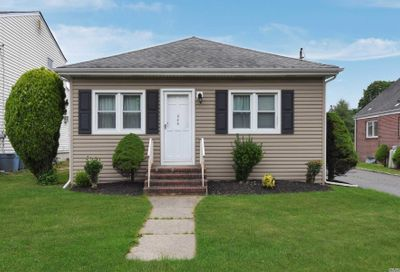 444 Oakwood Road Huntington Sta NY 11746