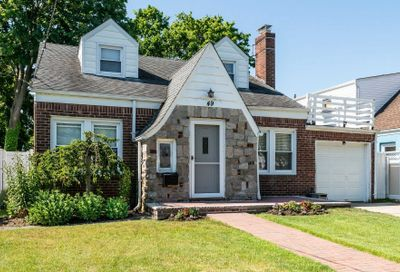 49 Claurome Pl Freeport NY 11520