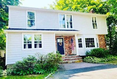3 Hahl Lane East Norwich NY 11732