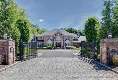 8 Clover Court Muttontown NY 11732