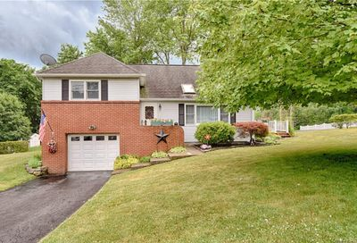 8 Charlotte Place Monroe Town NY 10950