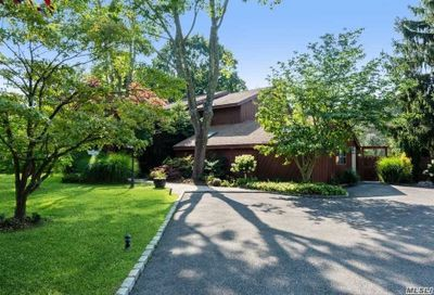1 Allenby Drive Fort Salonga NY 11768