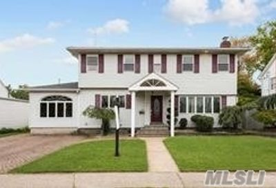 125 Carol Road East Meadow NY 11554