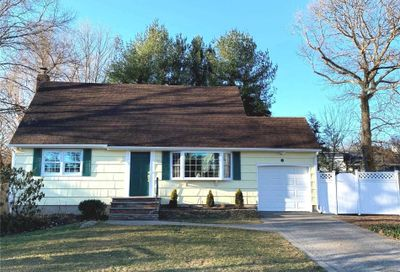 105 Briarcliff Drive East Norwich NY 11732